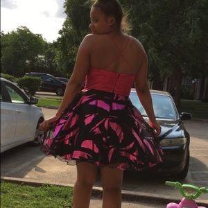 medium party dress